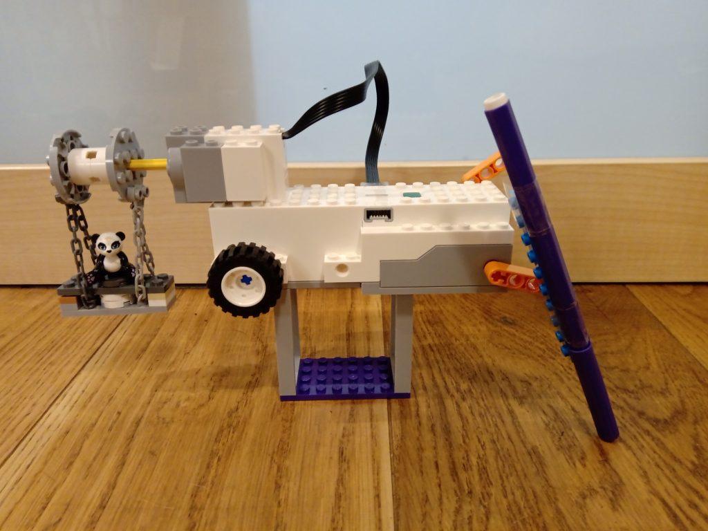 Robot z lego Boost